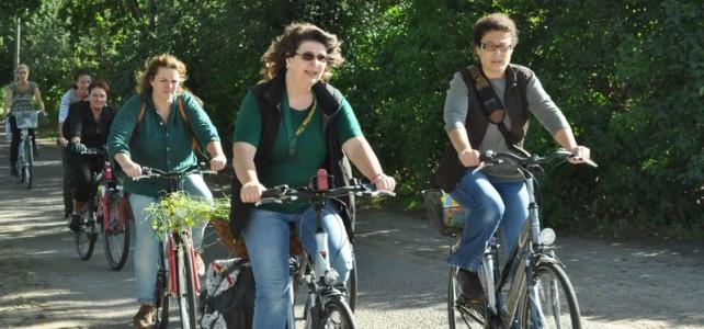 Wildkräuter Wanderung Fahrrad: Delikatessen am Wegesrand